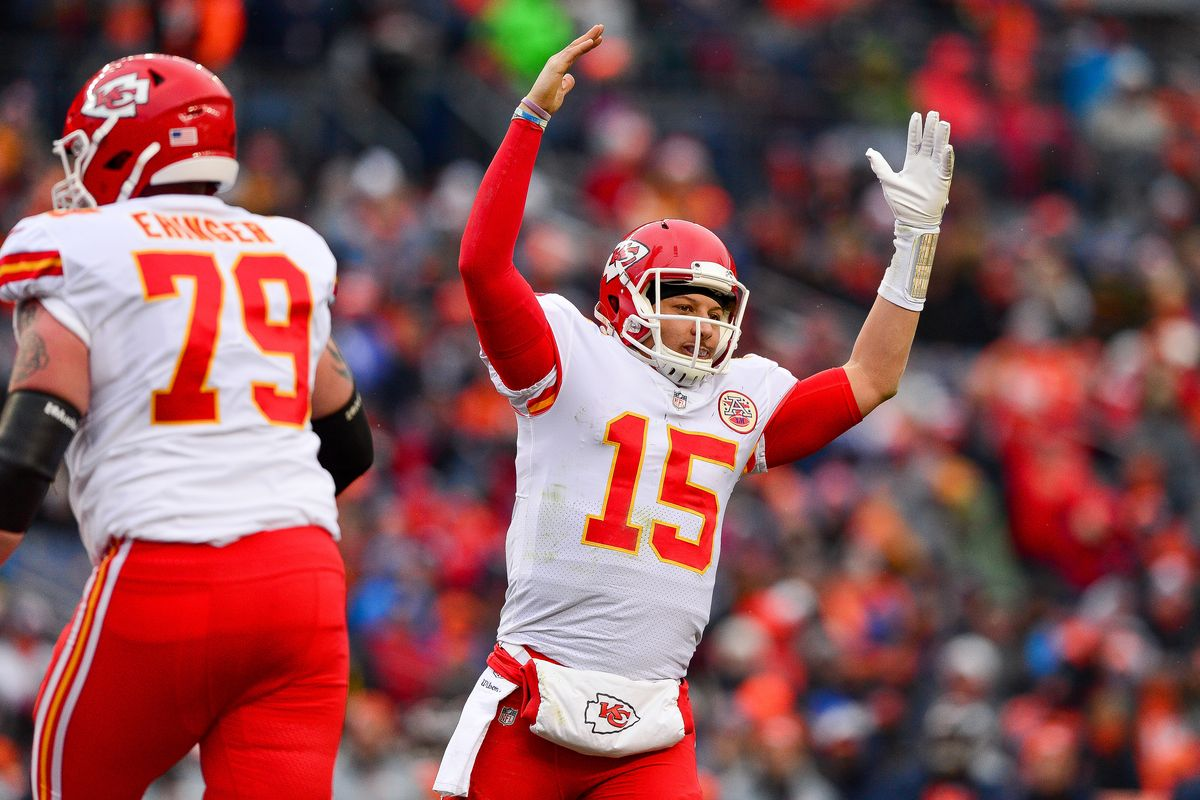 Patrick Mahomes and the Kansas City Chiefs are the favorites to win the AFC West again in 2019.