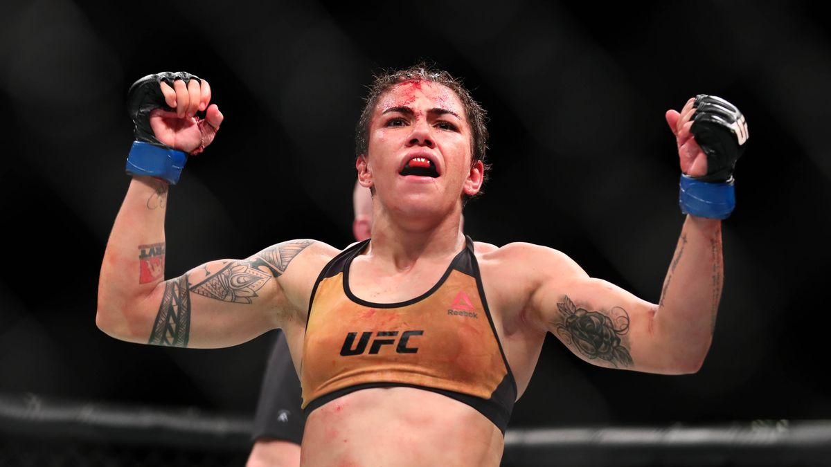 Jessica Andrade makes her first title defense of her strawweight belt against Weili Zhang on Saturday in China.